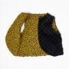 Gilet en fourrure de type berger léopard cousu main en France
